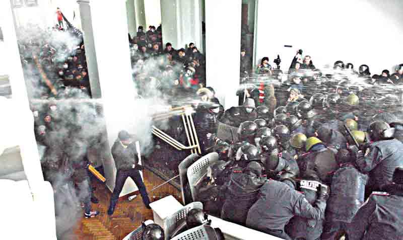 Турнікети і «режимні об'єкти» – це не про свободу слова і взагалі не про демократію