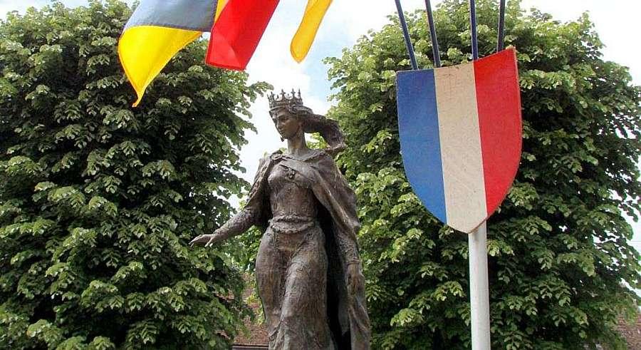 6 вересня французи вшановують свою королеву Анну Київську