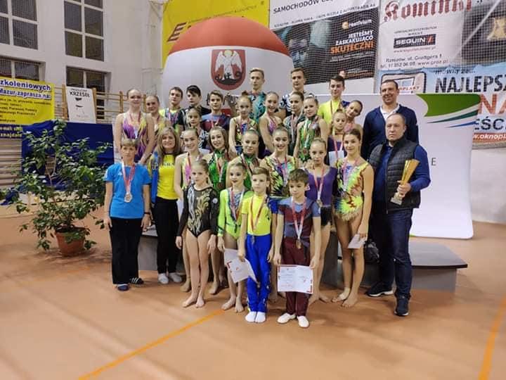 Всі призові місця у Польщі завоювали акробати із Вінниці