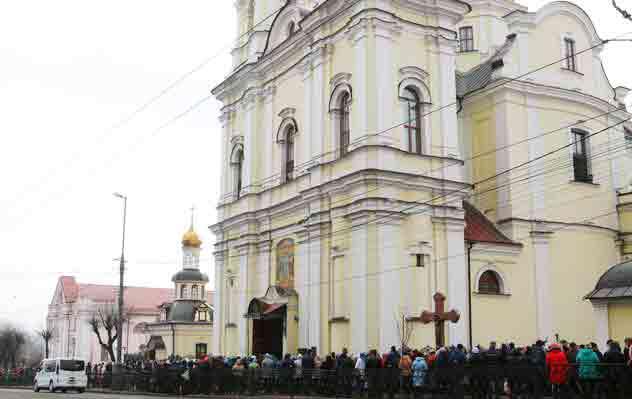 Як бути з Богом і Україною?