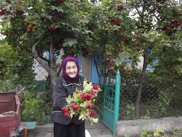 91-річна ямпільчанка – найстарша волонтерка Вінниччини