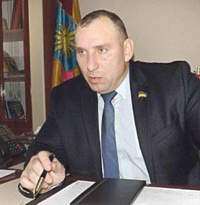 Чому голова Жмеринської РДА демонстрував довідки про несудимість і каже, що зробив з лікарні «лялю»