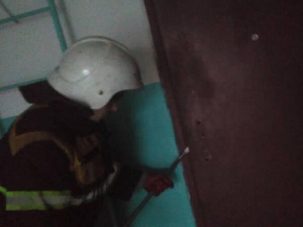 """На Вінниччині бійці служби порятунку """"101"""" двічі рятували людей з """"полону"""" житла"""