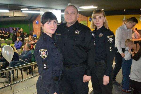 «Шкільних офіцерів» поліція Вінниці показала батькам і вчителям у KVADRAT (відео)