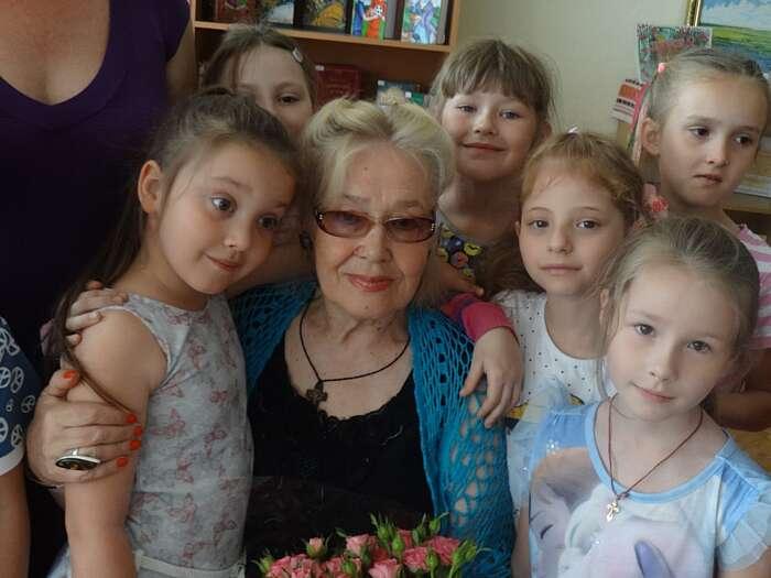 Померла велика вінничанка – поетеса Ганна Чубач. Причиною смерті 78-річної землячки стала важка хвороба (відео)