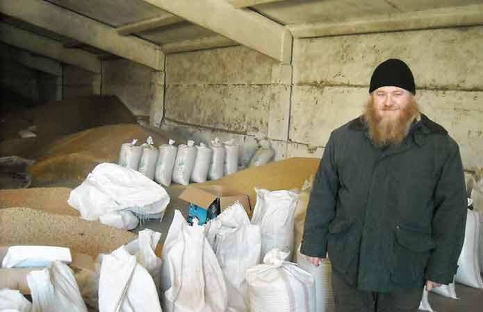 Вирощування без гербіцидів: фермер-священик запровадив давно забуту систему врожаїв
