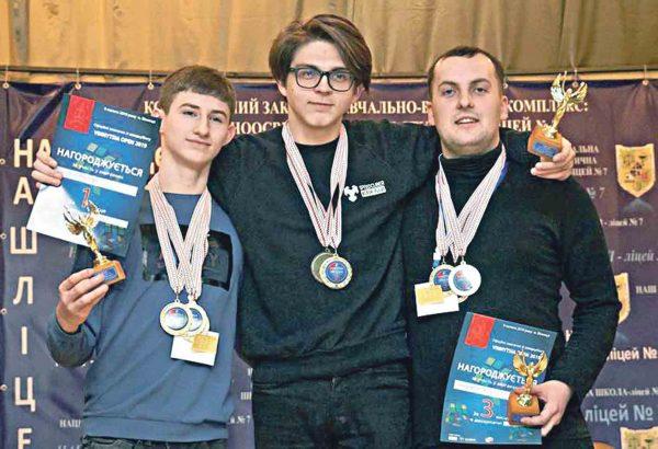 Чемпіонат із кубика Рубика. Серед переможців – Владислав Гринюк та Максим Цимбалюк із Вінниці