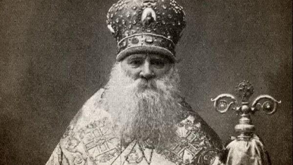 Український Митрополит повернувся на батьківщину через 155 років. Тут «І ВІРА, І МОВА, І АРМІЯ». Але хто його зустрічав?
