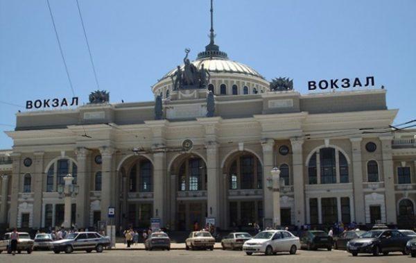 """""""Укрзалізниця"""" запускає щоденний поїзд Житомир-Одеса через Вінницю"""
