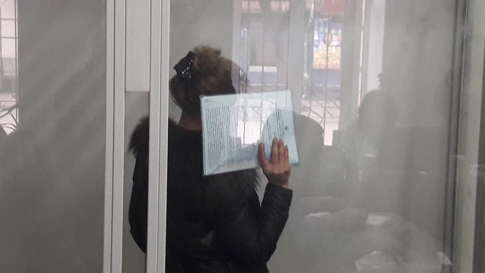 У Вінниці посадили під арешт Фатіму, що зняла порчу на 5 мільйонів (відео)