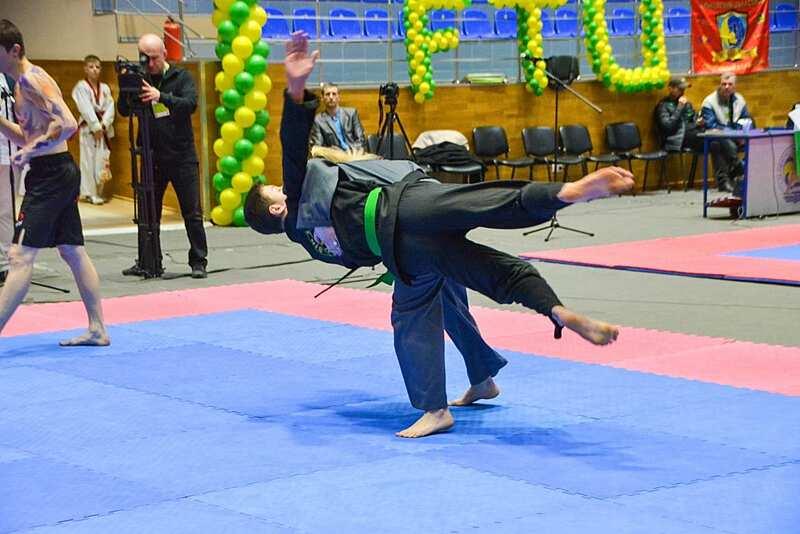 Букет медалей із Харкова привезли вінницькі бійці тхеквондо ВТФ