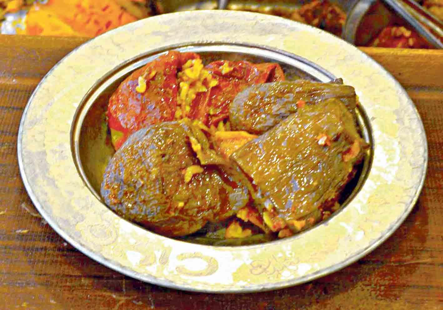 Диво-кухар Муса зібрав всі смаки країни за одним столом