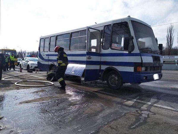 Сьогодні у Калинівці горів автобус