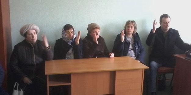 Щоб не шматували Тиврівщину між іншими районами, ініціативна група селища закликає створити власну ОТГ