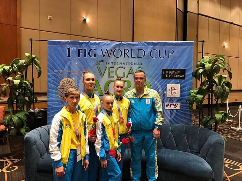 """""""Бронзу"""" зі світових змагань у Лас-Вегасі привезли три вінницьких акробатки"""