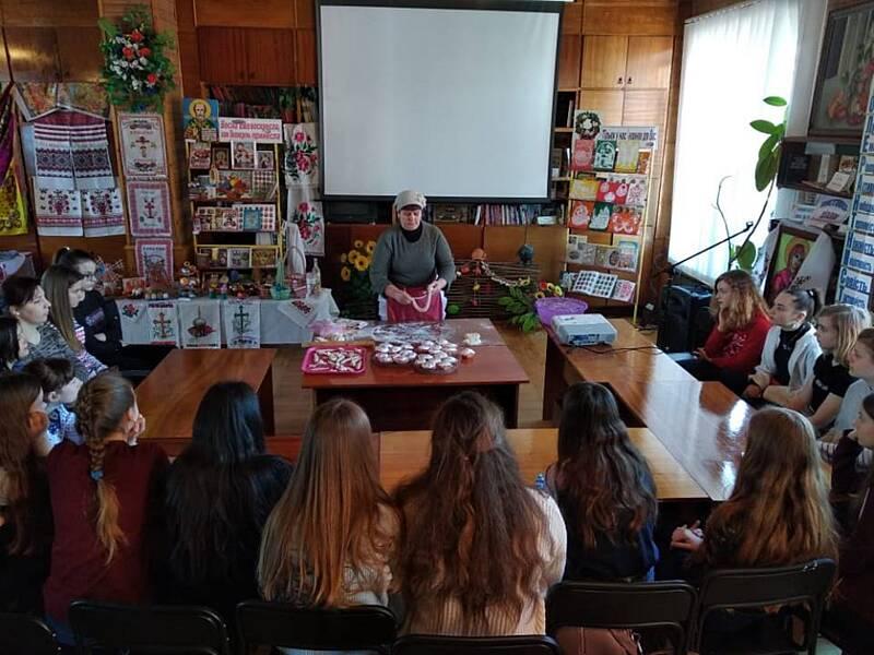 Козятинських школярів вчили випікати коровай