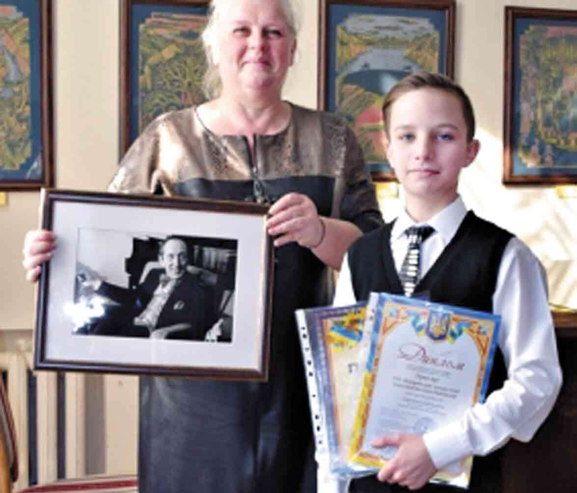 Гран-прі на престижному конкурсі виграв юний піаніст із Хмільника