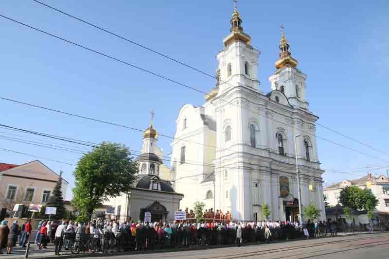 Тисячної акції МП під собором ПЦУ і анафеми Симеону у Вінниці не вийшло…