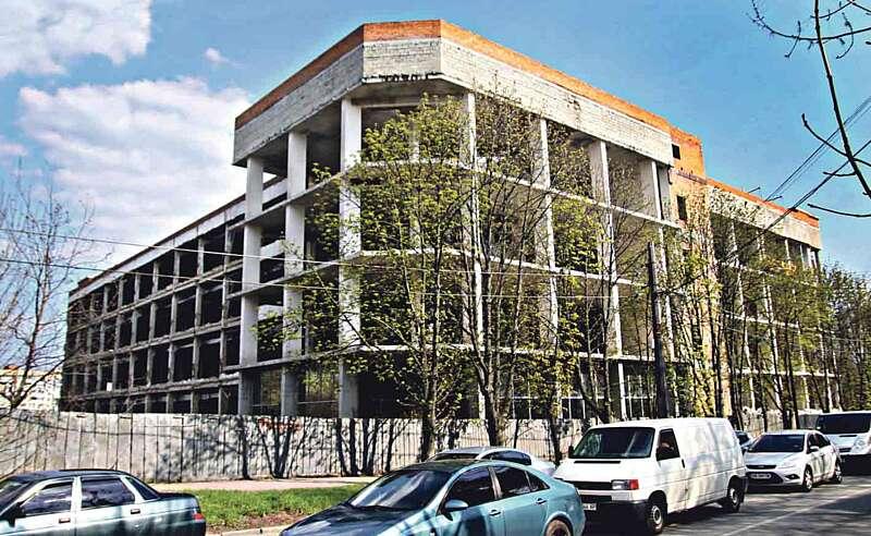 Чверть століття руйнувалась колишня фабрика «Вінничанка — вишиванка»