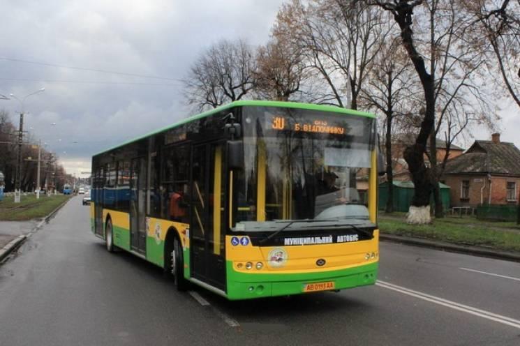 У Вінниці обіцяють безкоштовний проїзд в «Поминальну неділю» до міського кладовища…