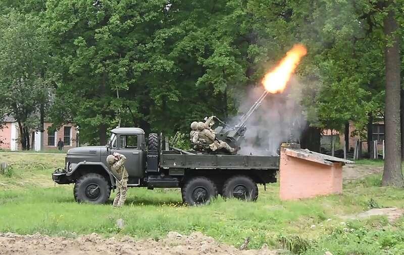 На калинівському арсеналі відбулись масштабні військові збори та навчання