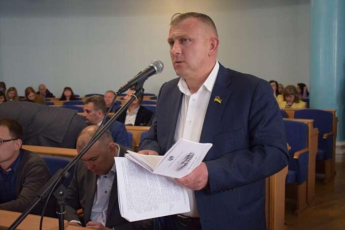 Депутат Кривешко вже не голова радикалів у Віооблраді, а Ковальов пішов із «Самопомочі» (відео)