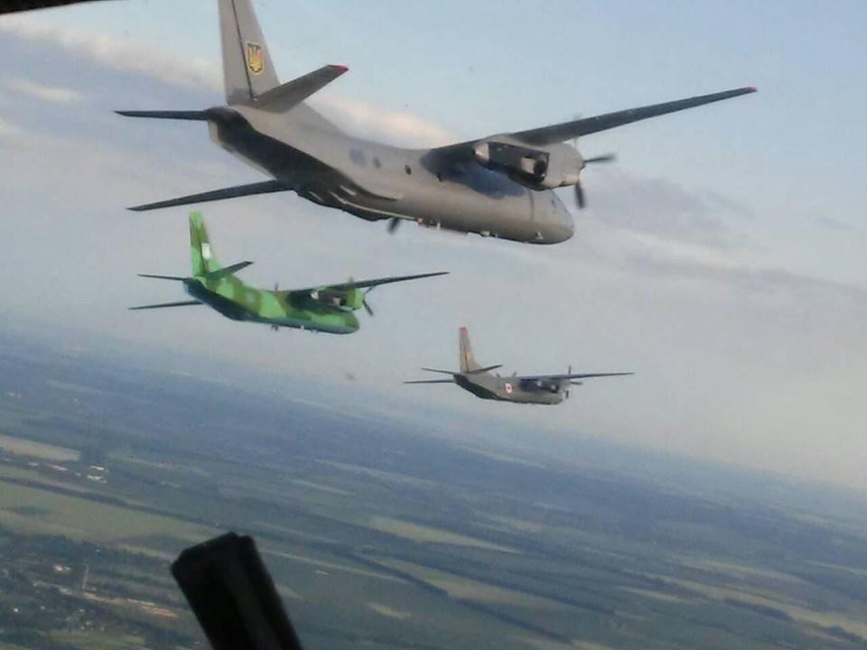 Вінницькі військові льотчики шліфують свою майстерність