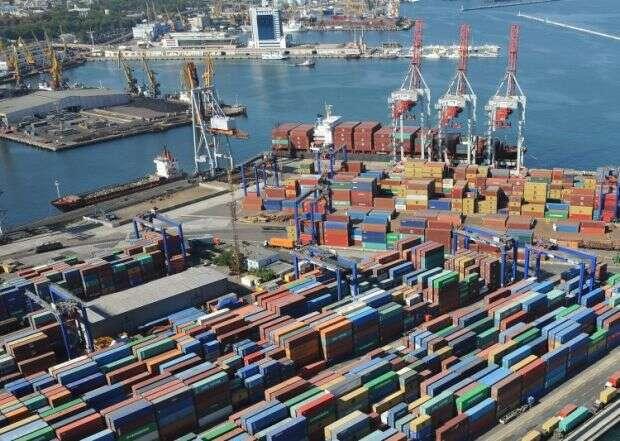 Офіційно про зарплату директора порту Одеси