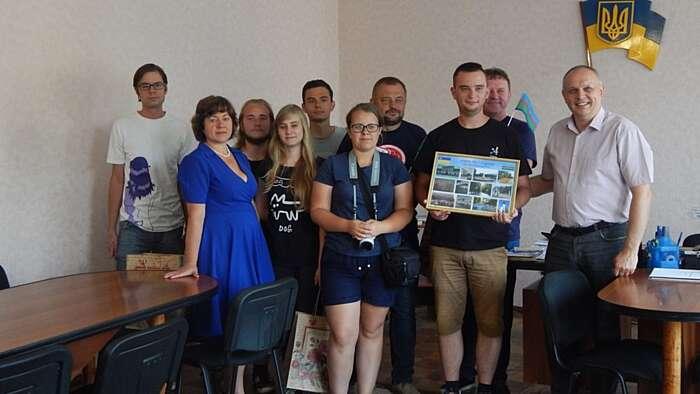 Польські волонтери впорядковували могили предків на Вінниччині