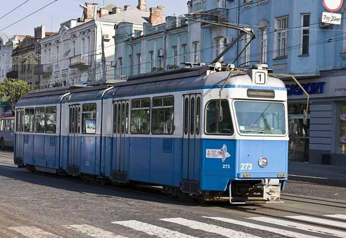 Трамваї №1,4 і 6 два тижні не будуть ходити через Соборну у Вінниці