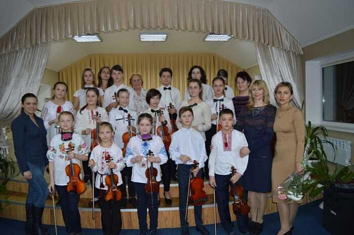 +20% до зарплати у Вінниці отримали вихователі мистецьких шкіл із 1 липня