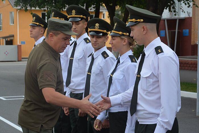 Нові офіцери стали до лав Нацгвардії у Вінниці