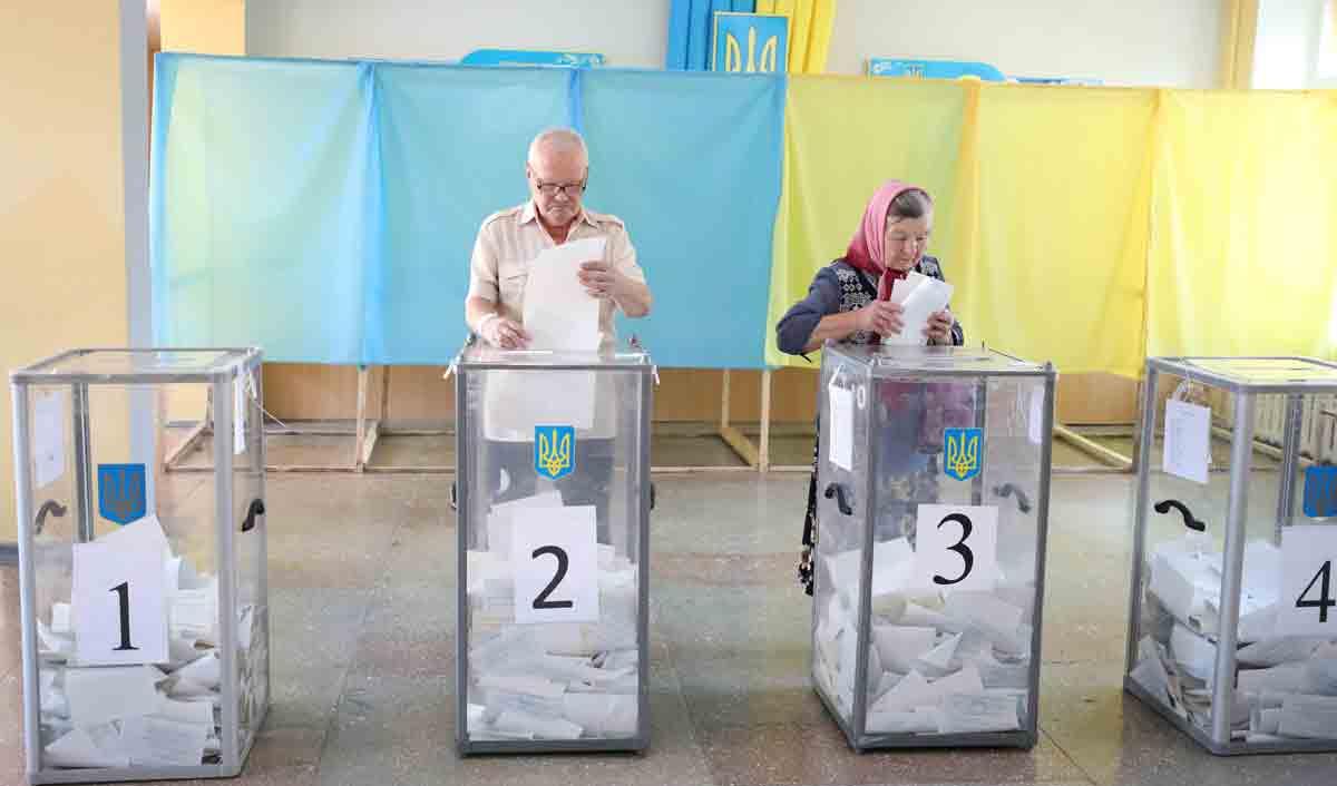 У ЗЕлених тепер все! Необільшовизм чи «ера благоденствія» чекає Україну?