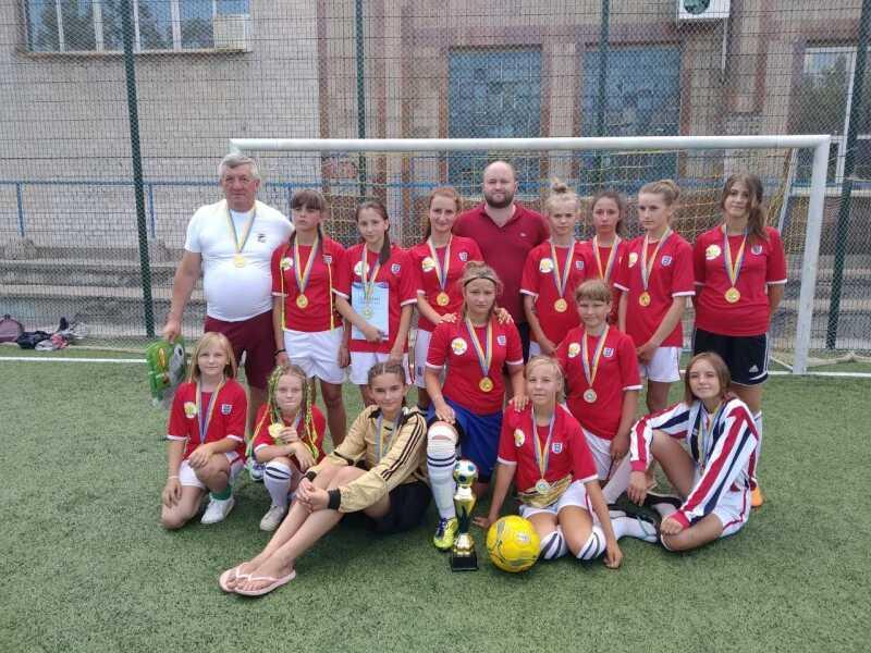 Золоті медалі з футболу здобули дівчата з Тульчина