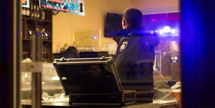 """За бійку під кафе """"Патіфон"""" трьом жителям Бару оголошено про підозру"""