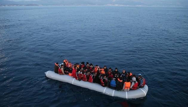 На українському курорті затонув човен. Туриста з Вінниці шукають