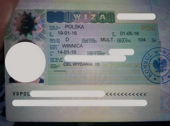 «Рішали» знову під візовим центром Польщі у Вінниці. Бо студентська віза шокує набором документів!