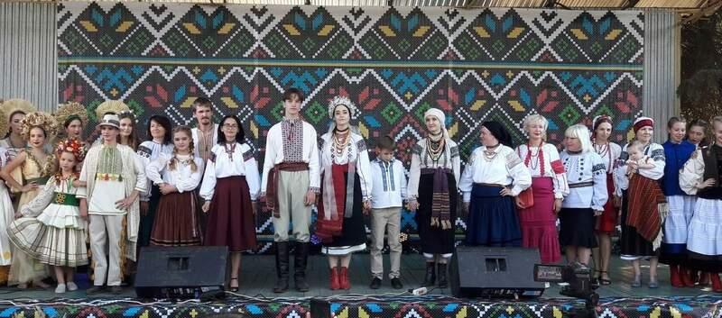 """24 серпня у Вінниці показали """"Традицію в часі"""" – етно-моду від сучасних дизайнерів (відео)"""