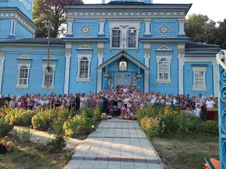 Український прапор майорітиме над храмом у Луці-Мелешківській