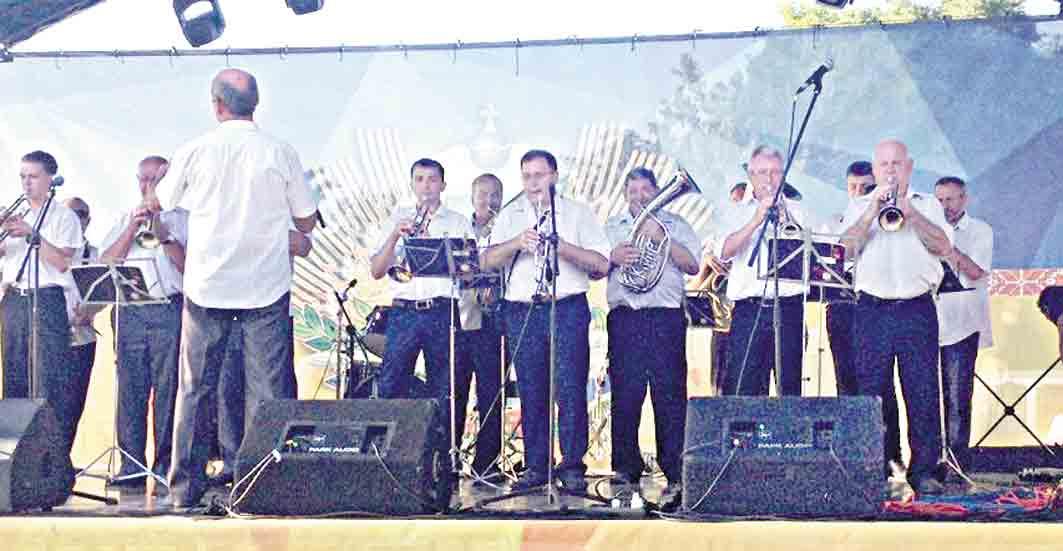 Оглядини весільних музик вдев'яте провели у Чечельницькому районі