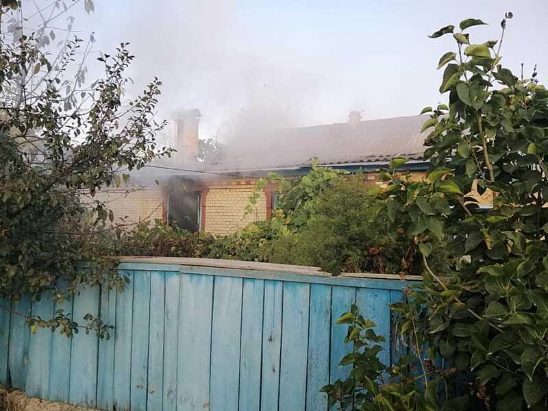 Вчора горів будинок у Сутисках