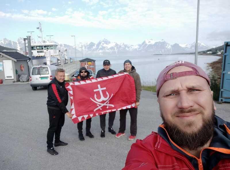 43-кілограмового палтуса впіймали вінничани в Норвегії (відео)