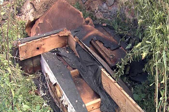 Янголи-охоронці у погонах винесли з палаючого будинку чоловіка