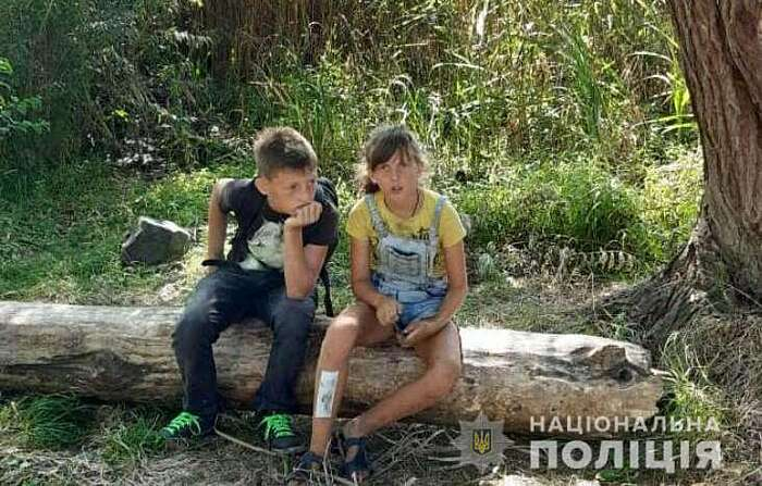 Зниклих брата та сестру знайшли у Вінниці