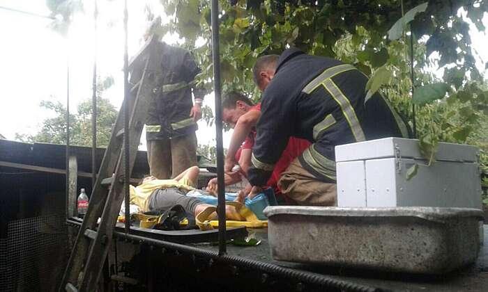 Жінка впала на даху підсобного приміщення у Тульчині