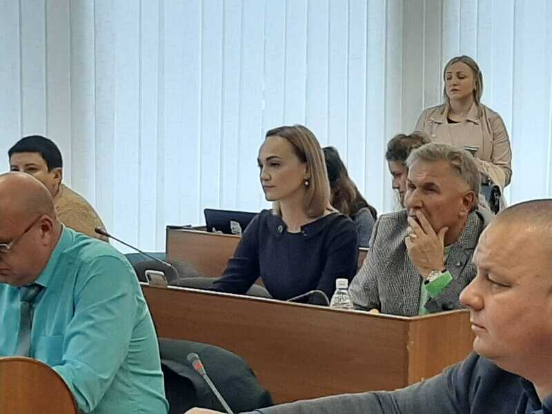 Скандалу із урізанням на 10% зарплати освітянам у Вінниці не вийшло