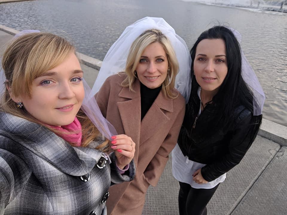 Відома телеведуча Оксана Святенко вийшла заміж та влаштувала у Вінниці грандіозний «дівишник»