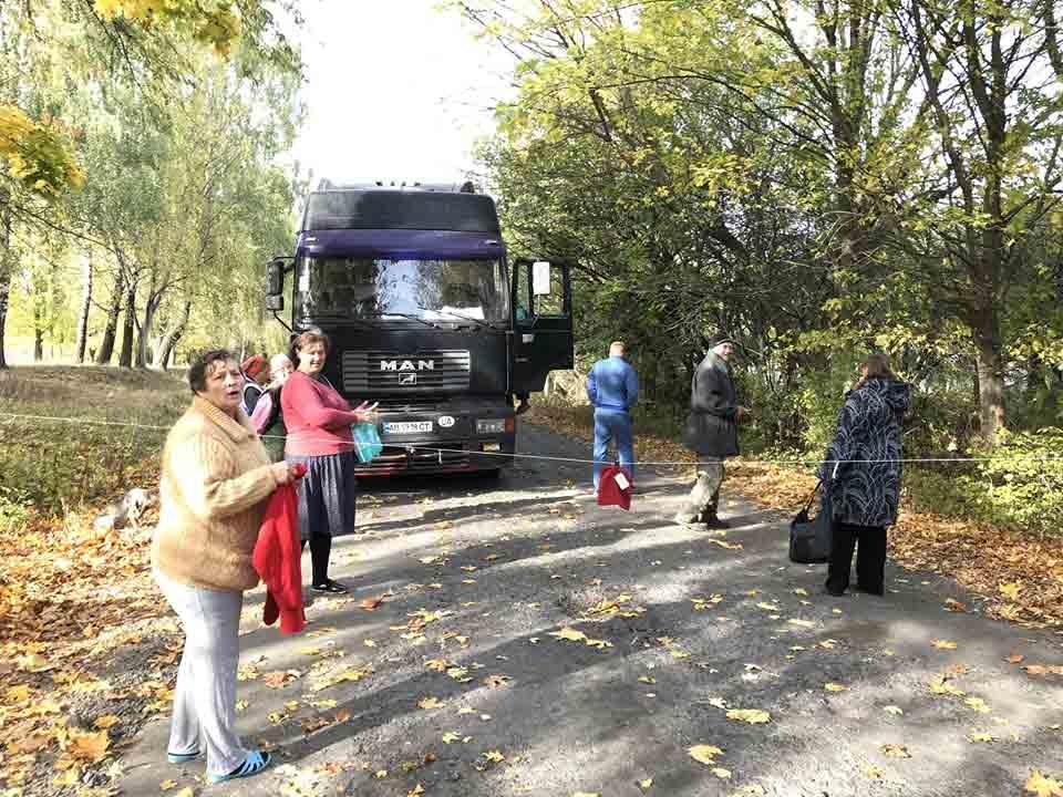 Фури олігархів розбивають сільські дороги на Вінниччині