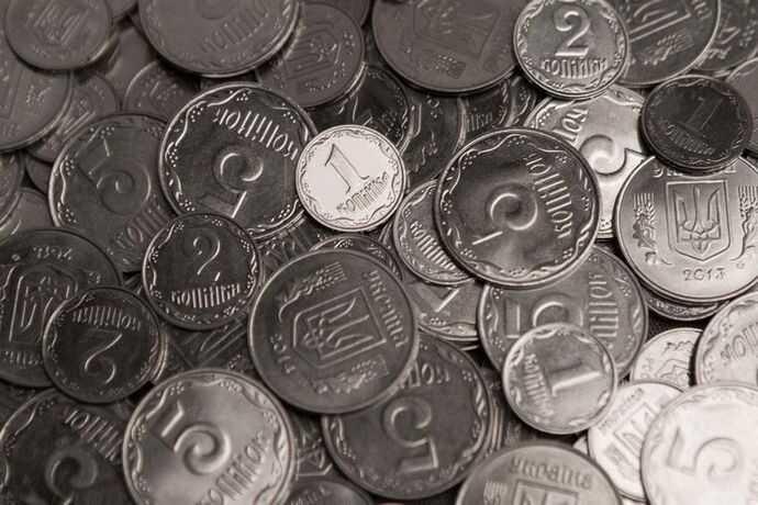Відсьогодні 1,2 та 5 копійок стають раритетами! Їх ще можна обміняти на крупні гроші… (відео)