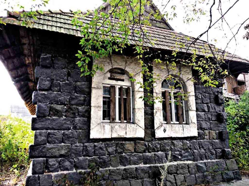 Таємничий замок Дракули знайшли на Вінниччині?